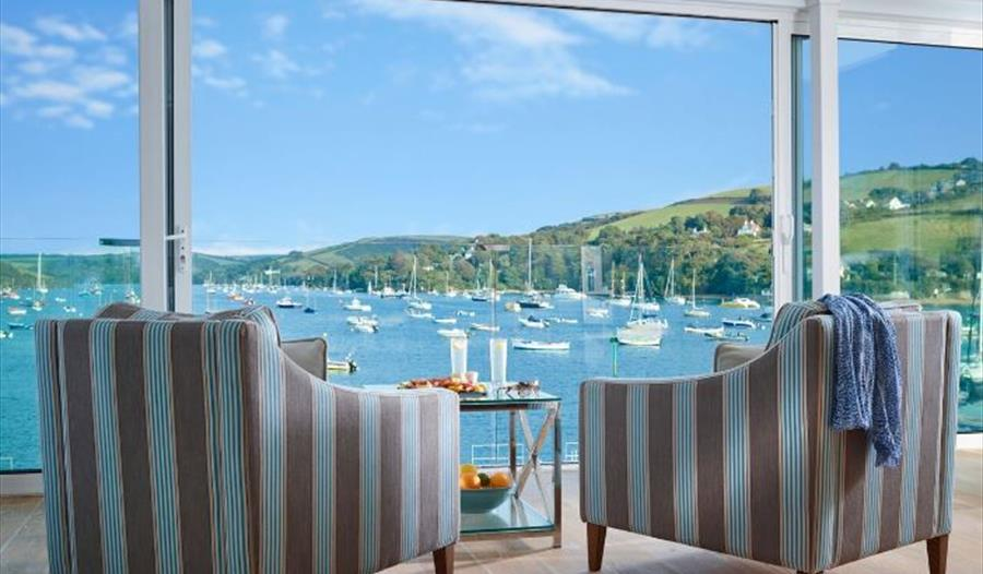 Terrific Coast And Country Cottages Agency Salcombe Visit South Download Free Architecture Designs Scobabritishbridgeorg