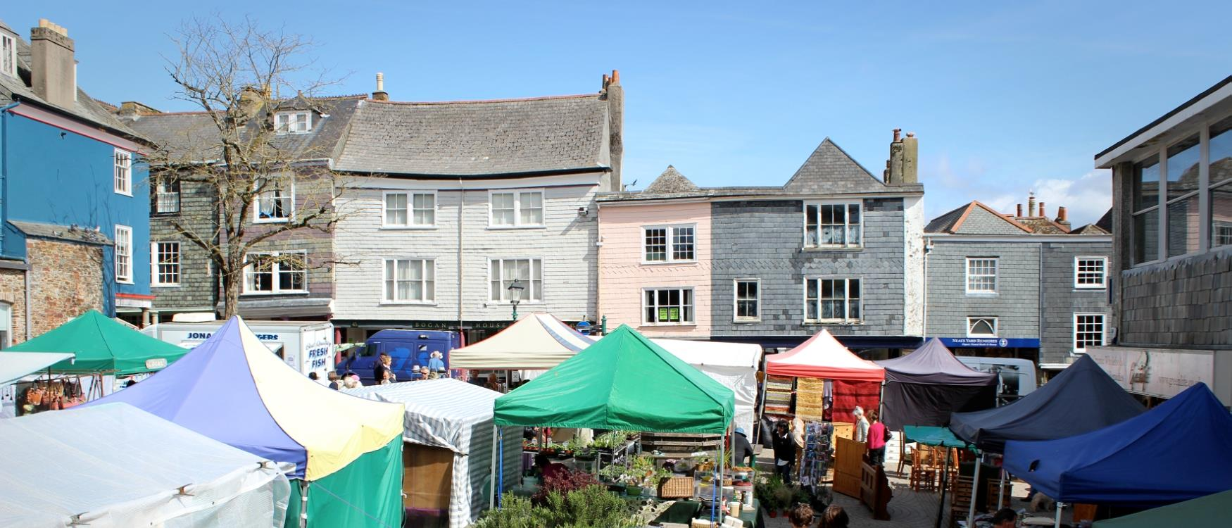 Totnes Market in Civic Square