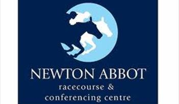 Car Boot Sales 2017 - Newton Abbot Racecourse