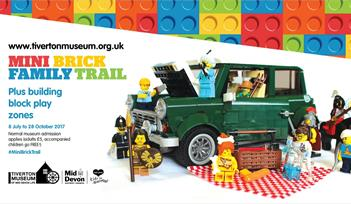 Mini Brick Famil Trail