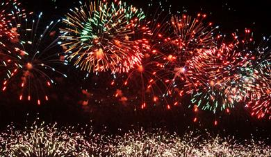 Westpoint - Round Table Charity Fireworks Display